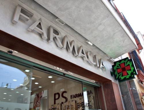 La Junta de Andalucía unifica la regulación de autorizaciones de instalación, traslado y cierre de oficinas de farmacia