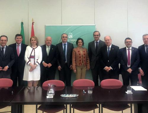 Representantes del CACOF y los Colegios Farmacéuticos andaluces se reúnen con el nuevo consejero de Salud